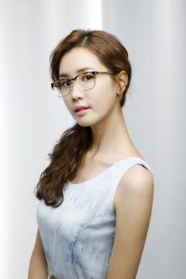�� �� �� / Lee Da Hae (Yi Da Hae)