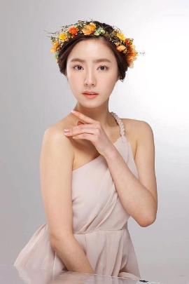 �������� ��� �� ø� / Shin Se Kyung
